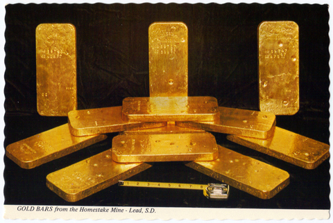 1960s POSTCARD - Showing Homestake Mining Company Gold Bullion Bars - Lead, South Dakota - Black Hills